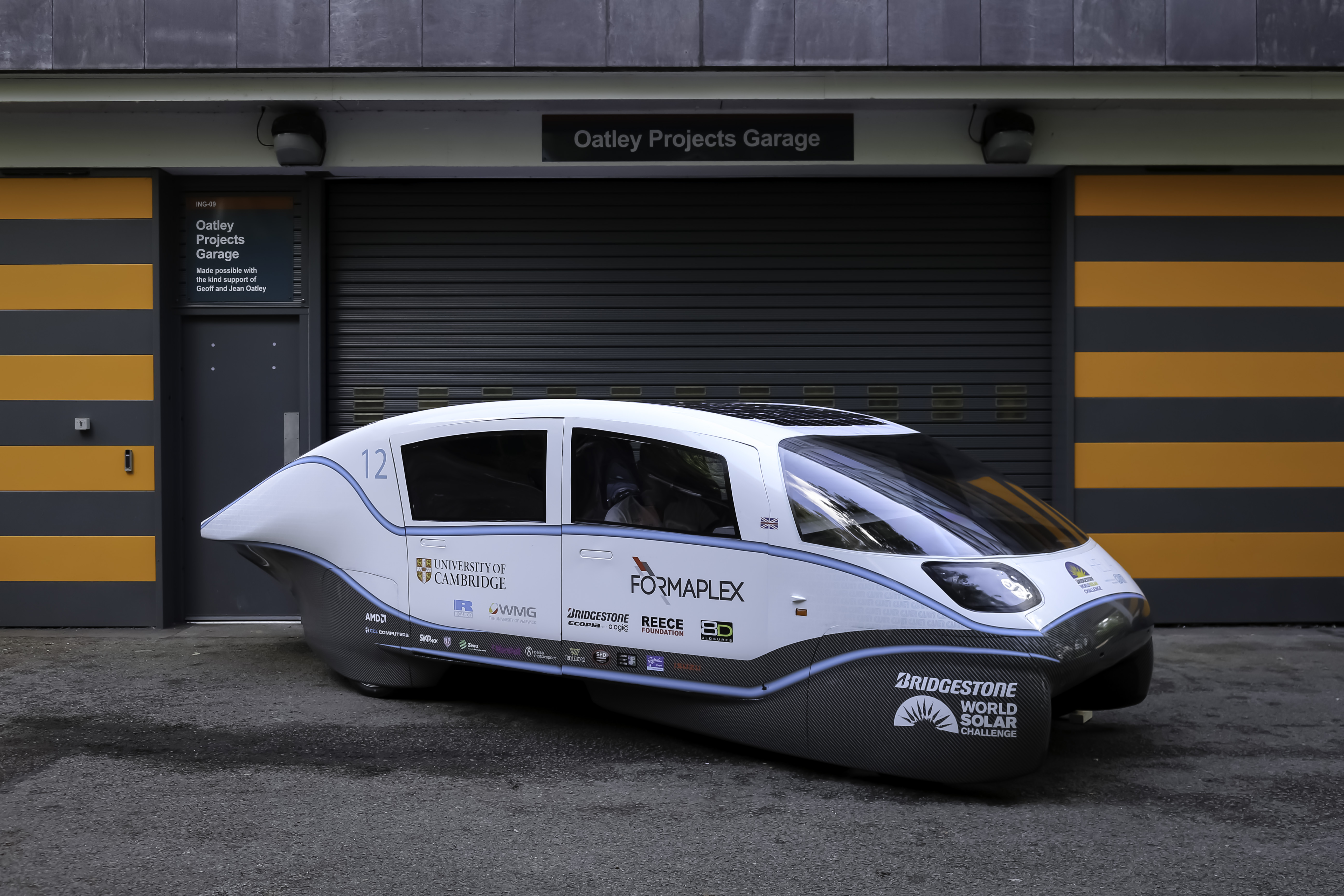 Helia solar-powered car